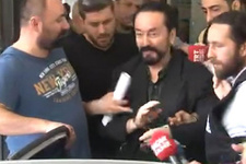 Adnan Oktar'a vatandaşlardan olay tepki!