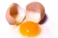 Çiğ yumurta içmek sese iyi gelir mi?