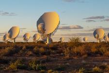 Güney Afrika galaksi araştırmaları için yeni teleskop piyasaya sürdü