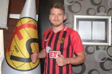Semih Güler 3 yıl daha Eskişehirspor'da!
