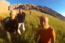 Mehmetçik'ten dağcılara yardım eli