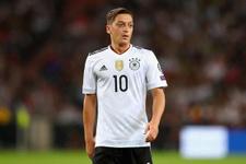Almanlar Mesut Özil'e sahip çıktı