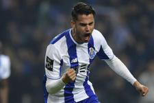 Diego Reyes Fenerbahçe'ye mi transfer oluyor? Menajeri açıkladı