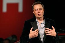 Ford'un CEO'su Elon Musk'la dalga geçti!