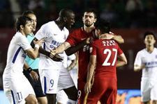 Demba Ba'ya yönelik saldırıya 6 maç men!