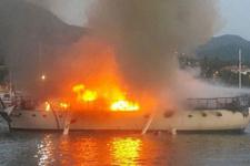 Kartal açıklarında tekne yangını! Dumanlar yükseliyor