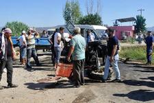 Tarım işçilerini taşıyan iki araç çarpıştı: Çok sayıda yaralı var!
