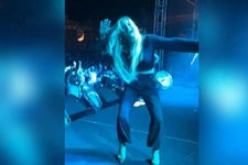 İrem Derici'nin dansı olay oldu!