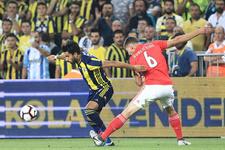 Fenerbahçe'den Benfica maçı koreografisi