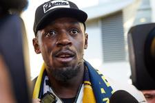 Usain Bolt futbolculuk kariyerine başlıyor