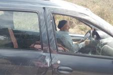 Şoka giren sürücü kazalı araca binip gitmek istedi