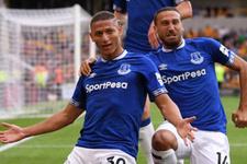 Everton'ın yıldızının vurduğu gol oluyor