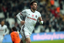 Beşiktaş taraftarından Oğuzhan Özyakup'a tepki