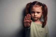 Tacize uğrayan çocuklarda hangi fiziksel ve duygusal sorunlar görülür?