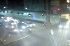 Motosikletli 2 gencin hayatını kaybettiği feci kaza kamerada