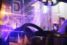 Ambulansa şok saldırı: Taşlarla camlarını kırdılar!