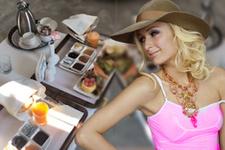Paris Hilton Türk kahvaltısına hayran kaldı! Bu videoyu paylaştı