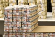 İtalya'nın en büyük bankasından Türkiye kararı!