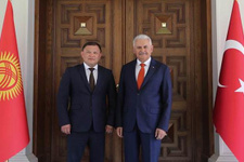 Binali Yıldırım, Kırgız mevkidaşı ile görüştü