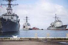 ABD'de Florence kasıgası alarmı! 30 savaş gemisi kasırgadan kaçtı