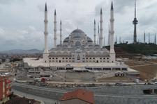 Çamlıca Camii'nde sona gelindi! Havadan nasıl göründüğüne bakın