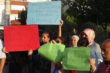 İzmir'de mahallelinin 'fuhuş' isyanı!