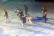 Vahşet! Türk babayı çocuklarının önünde döverek öldürdüler