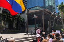 Nusret Gökçe'ye Miami'de Maduro protestosu!