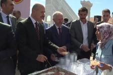 Süleyman Soylu Hacı Bayram-ı Veli'de aşure dağıttı