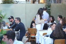 Eski aşıklar Hande Yener ve Sinan Akçıl fena pişti oldu