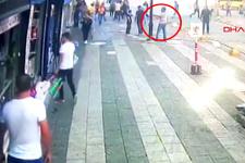 Yürürken başına sokak lambası düştü