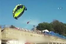 Paraşüt elektrik tellerine takıldı, akıma kapılan çift ölümden döndü!