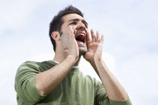 Sesimiz neden kısılır ? İşte ses kısıklığının 8 önemli nedeni