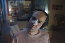BluTV'nin yeni sıra dışı dizisi 'Bartu Ben'den ilk teaser paylaşıldı!