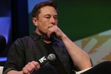 Canlı yayında esrar içmesi olay olmuştu! Elon Musk şimdi de mahkemelik oldu!