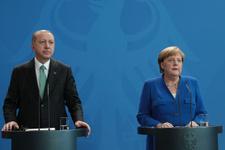 Erdoğan Merkel basın toplantısında bomba açıklamalar: FETÖ sorulunca...