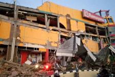 Endonezya'da 7,5 büyüklüğünde deprem