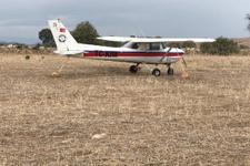 Manisa'da keşif uçağı tarlaya indi