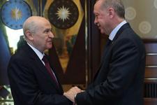 Flaş iddia! 'MHP, İstanbul, Ankara ve İzmir'de AK Parti adayına destek verebilir'