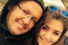 Hande Erçel'in babası kim mesleği ne kaç yaşında?