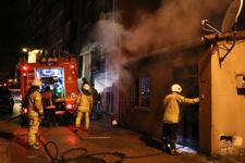 Üsküdar'da korkutan yangın! İçeride 2 çocuk vardı