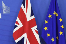 Avrupa'da Brexit rüzgarı hisse senetleri yükseldi