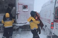 Kahramanmaraş'ta mahsur kalan aile donmak üzereyken kurtardı