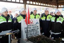 Şehit Fethi Sekin kabri başında anıldı