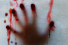 Seri katil rahipliğe soyundu