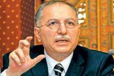 AK Partili eski bakandan 'çatı'ya destek
