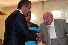 Şener Saadet'e mi katılacak?