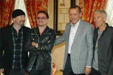 Başbakan, U2'yle bir arada
