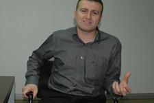 AK Parti listesindeki Hristiyan aday!
