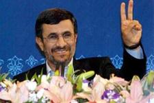 Ahmedinejad, Noel'i kutladı!